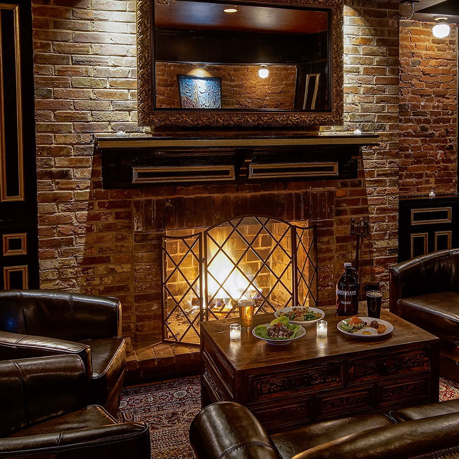 fireplace-growlers-credit-danyahenninger