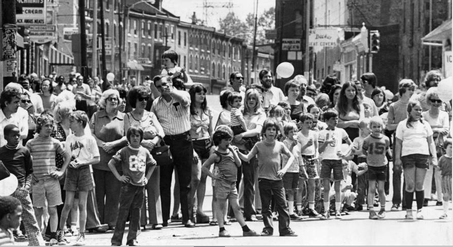 Crowd at Saturday's parade marking Manayunk's 150-year history. (Photo from 1954: Courtesy of the Philadelphia Evening Bulletin via Temple University Archives)