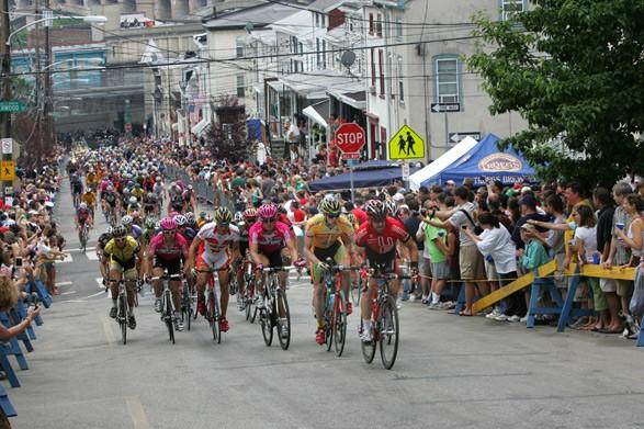 philadelphia-bike-race1-587-587×0