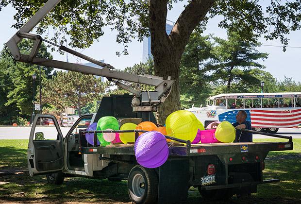 theoval-credit-danyahenninger-balloons