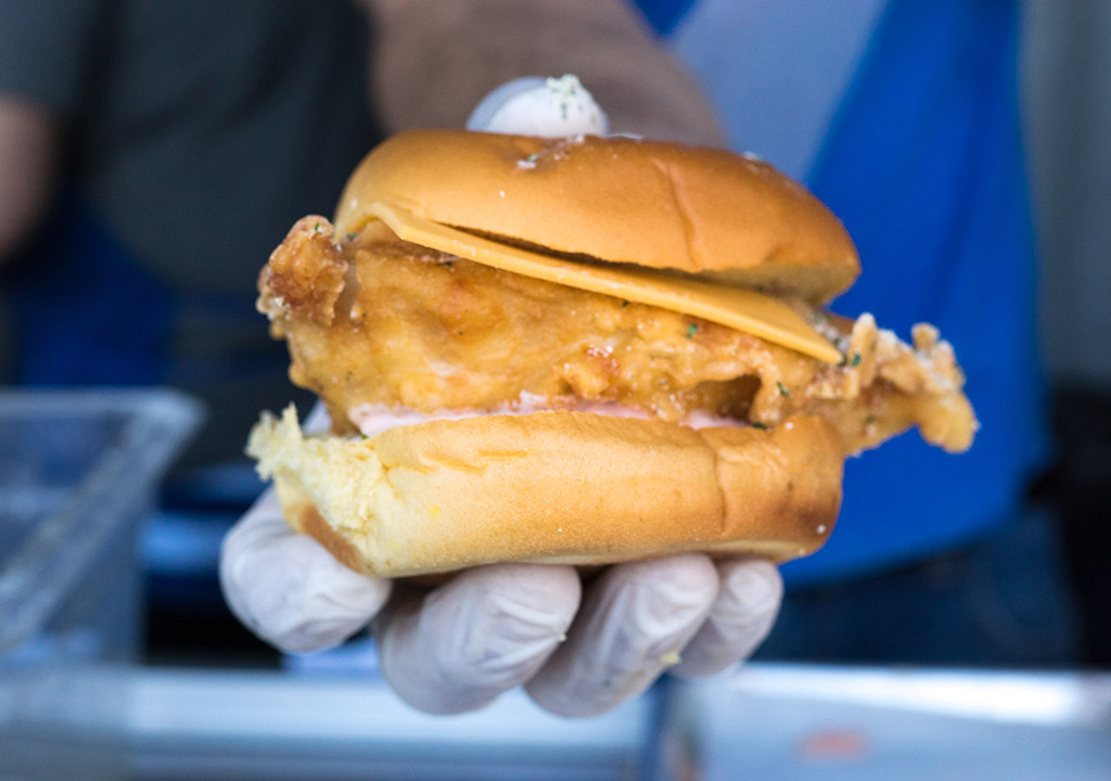 Leftover Federal Donuts chicken sandwiches were donated to hungry Philadelphians