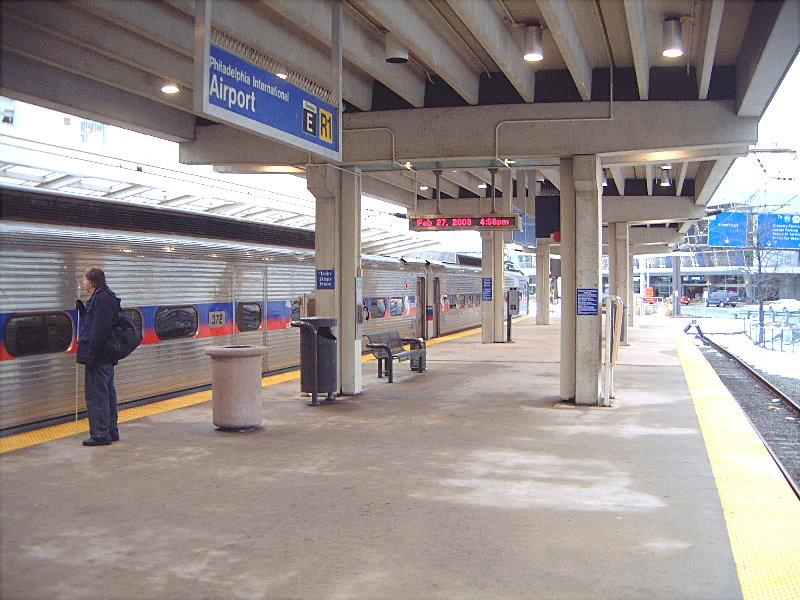 Philadelphia_Airport_SEPTA_Station;_Terminals_E_&_F