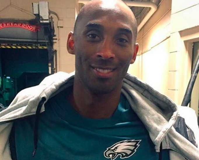 Kobe Bryant wore an Eagles shirt while visiting Philly earlier this month.