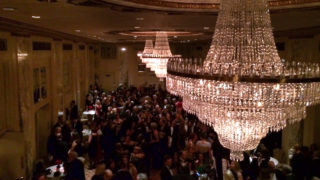 Crowds mingle before the 2015 Pennsylvania Society dinner.