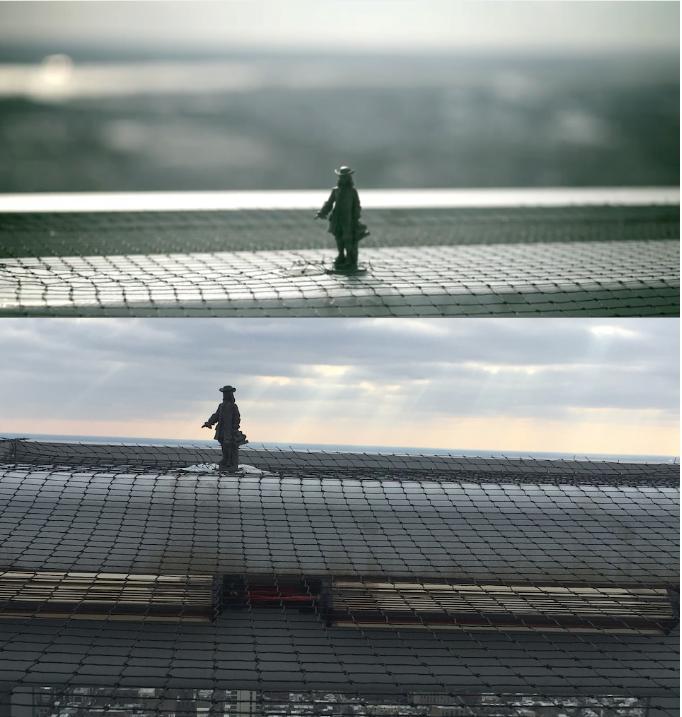 Top: Miniature Billy Penn statue in 2008; Bottom: Miniature Billy Penn Statue from this winter.