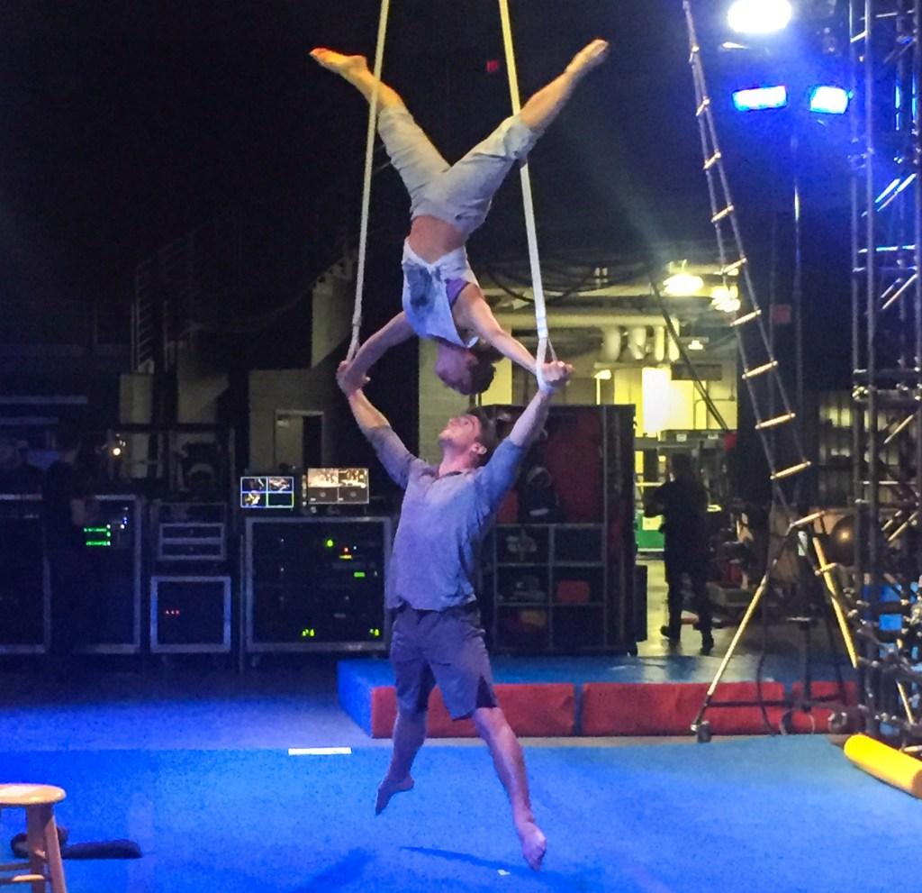 cirque-hanging