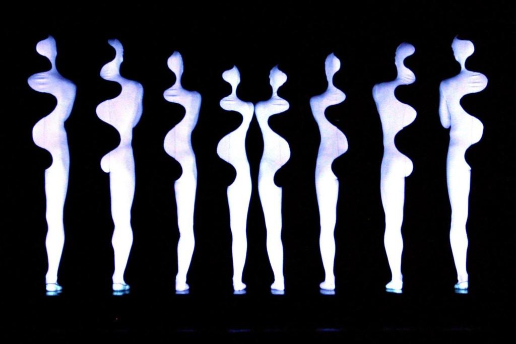 momix-dancers2