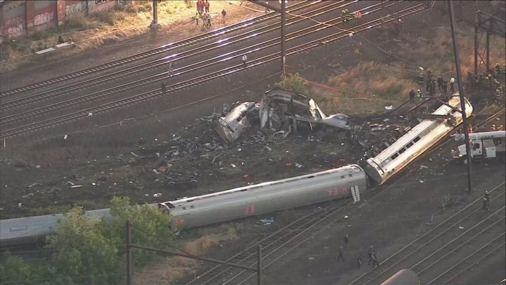train-derailed-1000×563