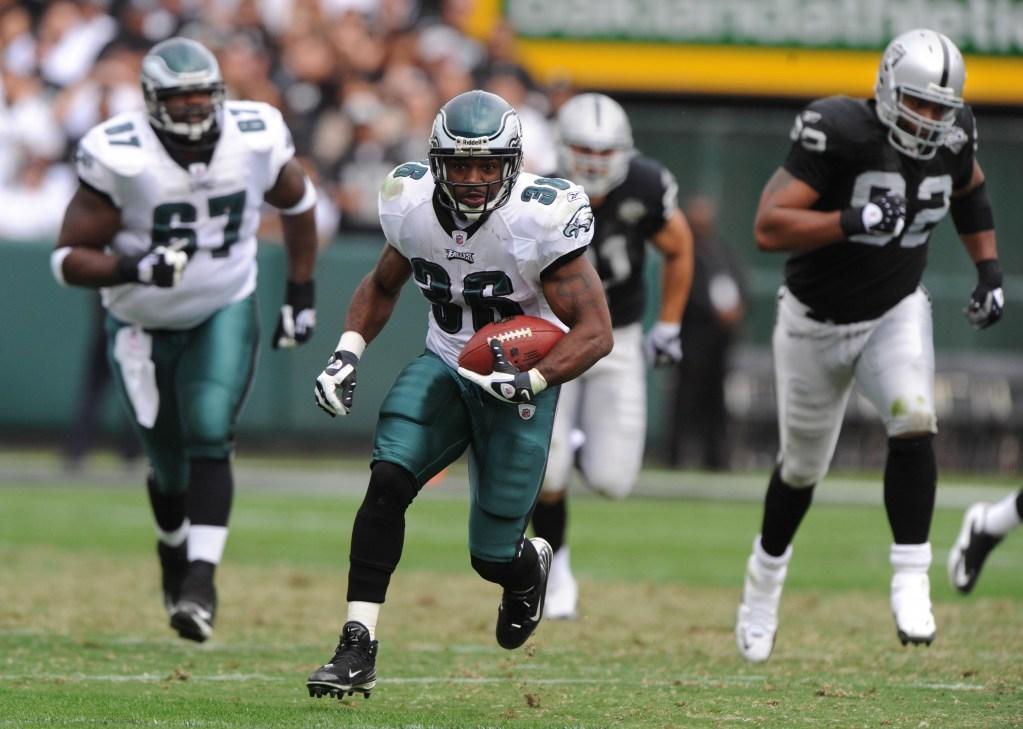 NFL: Philadelphia Eagles at Oakland Raiders