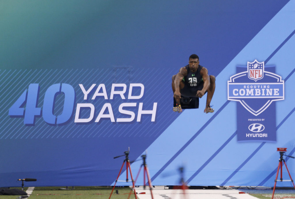 Try to look at this photo and tell me you don't love the Combine.