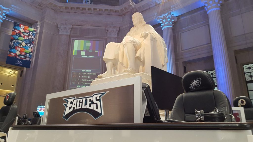 Fans can walk through the Franklin Institute while teams are making draft picks.