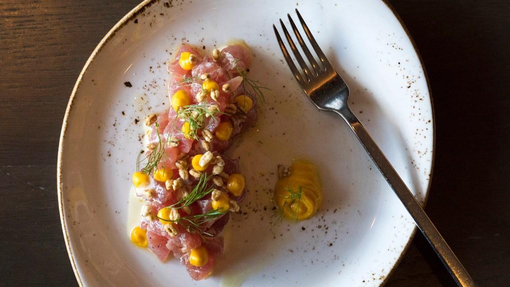 Tuna tartare at Bank and Bourbon