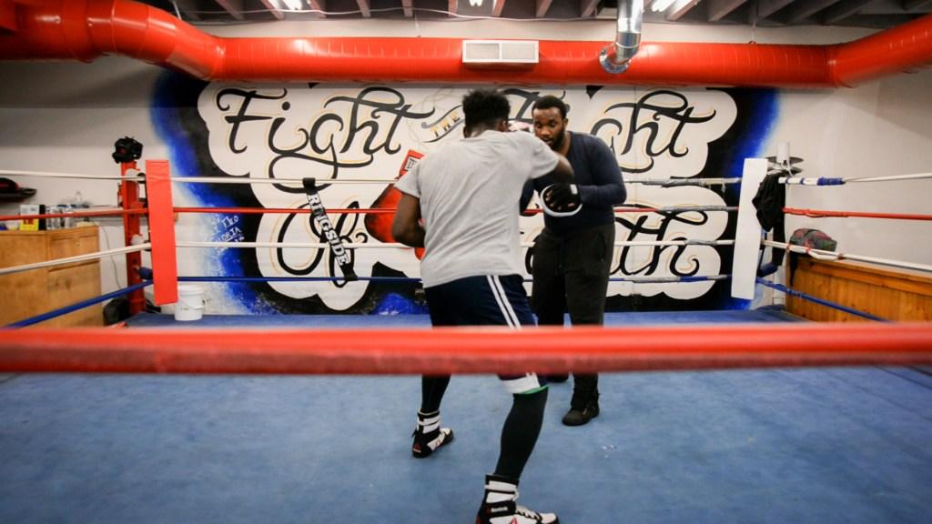 boxing_whalen–2