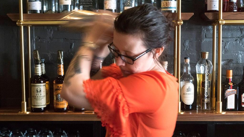 ITV bar manager Jenee Craver shakes up a Seedlip drink