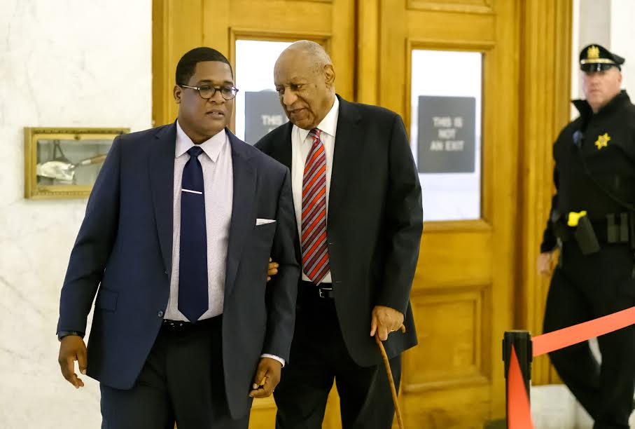 Wednesday June 7, 2017  With assistance from his aide Bill Cosby arrives for day 3 of his sexual assault trial at the Montgomery County Courthouse in Norristown, PA.  ED HILLE / Staff Photographer The Philadelphia Inquirer / Pool