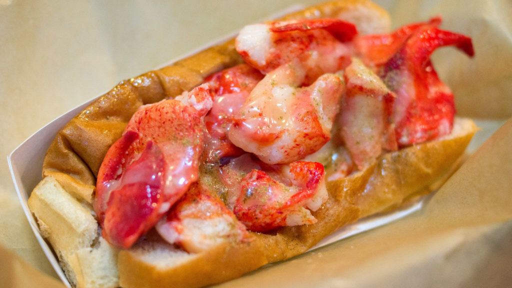 The signature lobster roll at Luke's Lobster