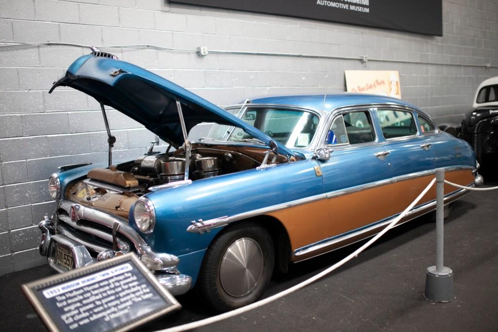 1953 HUDSON HORNET TWIN H-POWER