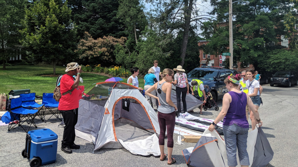 Redistricting protesters set up camp outside Gov. Wolf's home