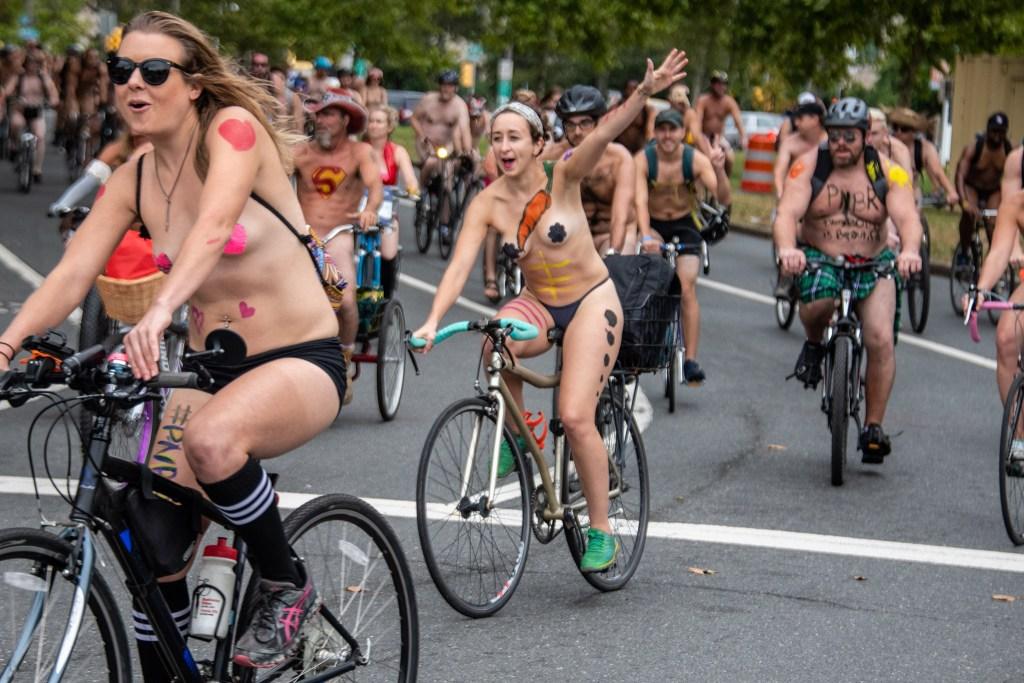 2018-Naked-Bike-Ride-Poulton-13