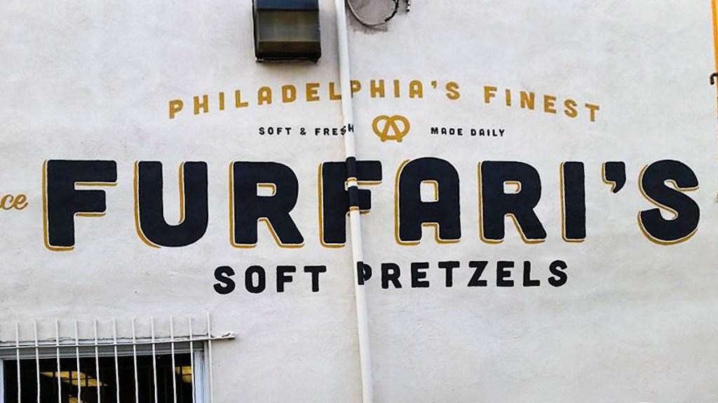 furfarispretzels-01