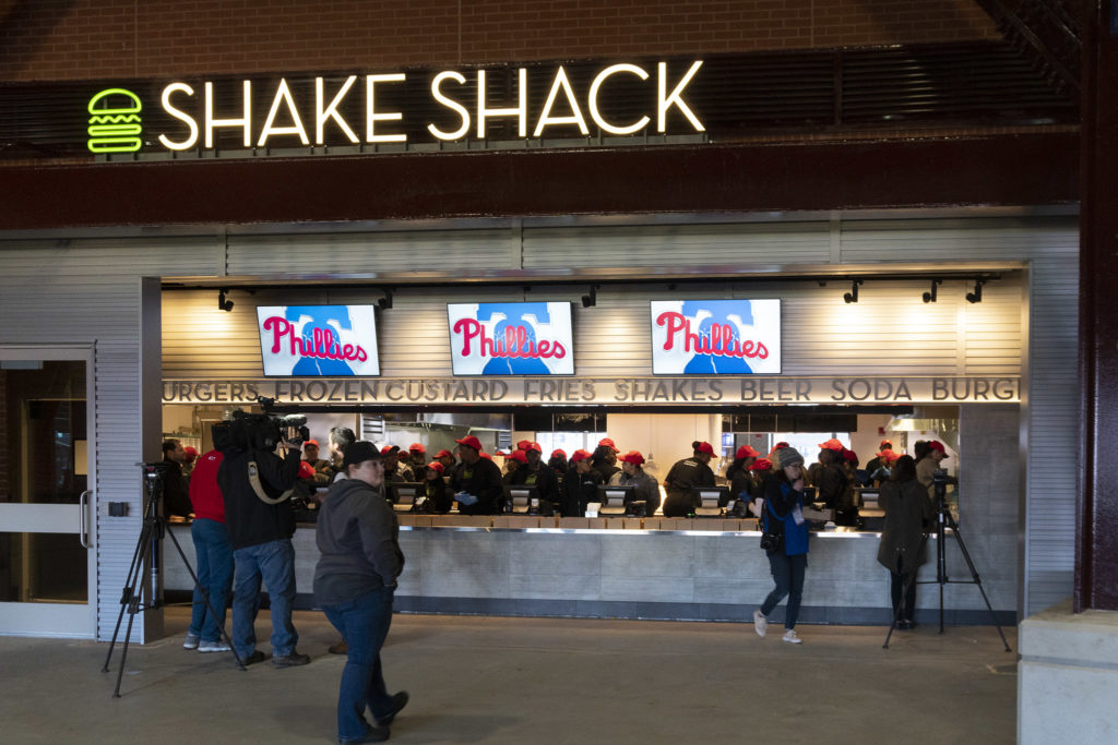 philliesballpark-shakeshack-01