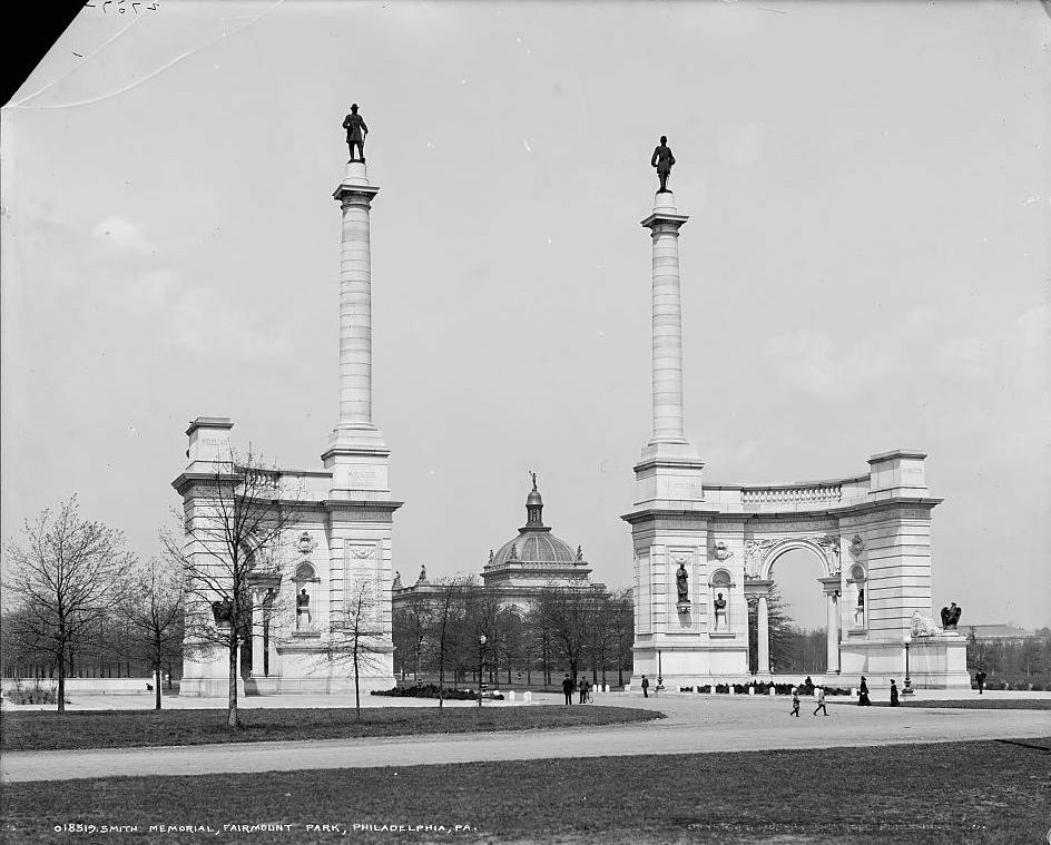 Unfinished Smith Memorial Arch circa 1905