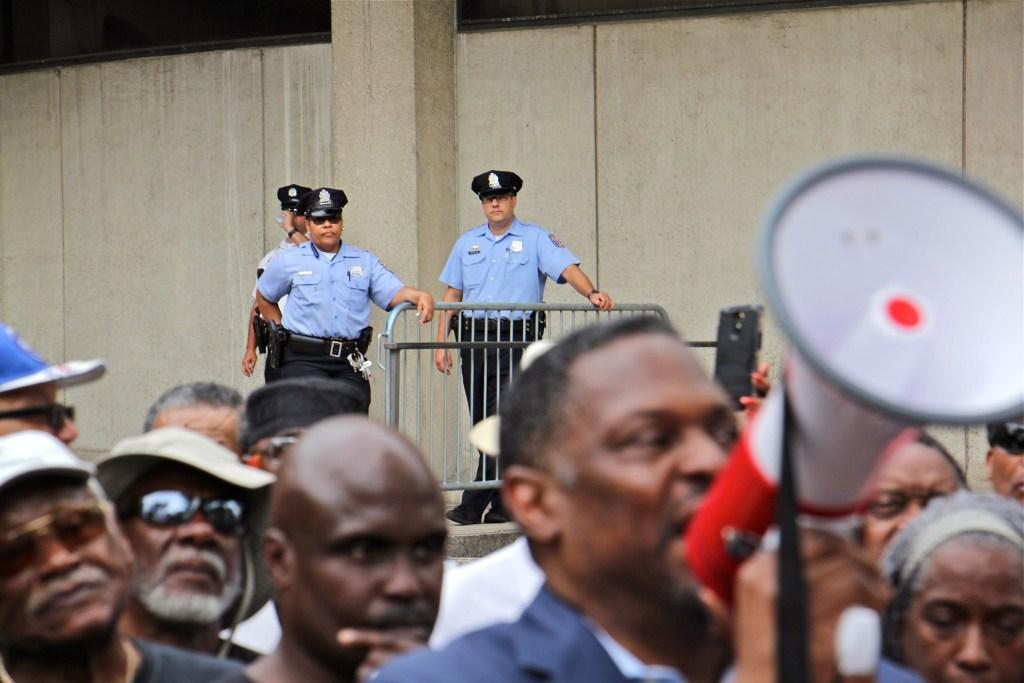 2019 06 07-e lee-philadelphia police headquarters-rallly protest