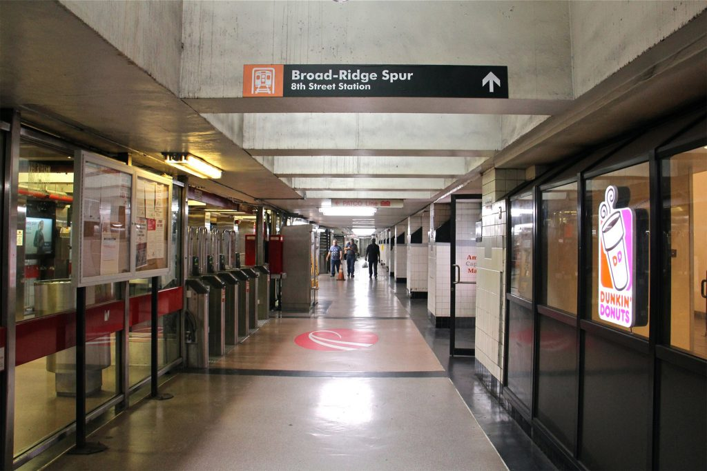The Broad-Ridge Spur's 8th Street Station connects with the underground concourse and the mall above it