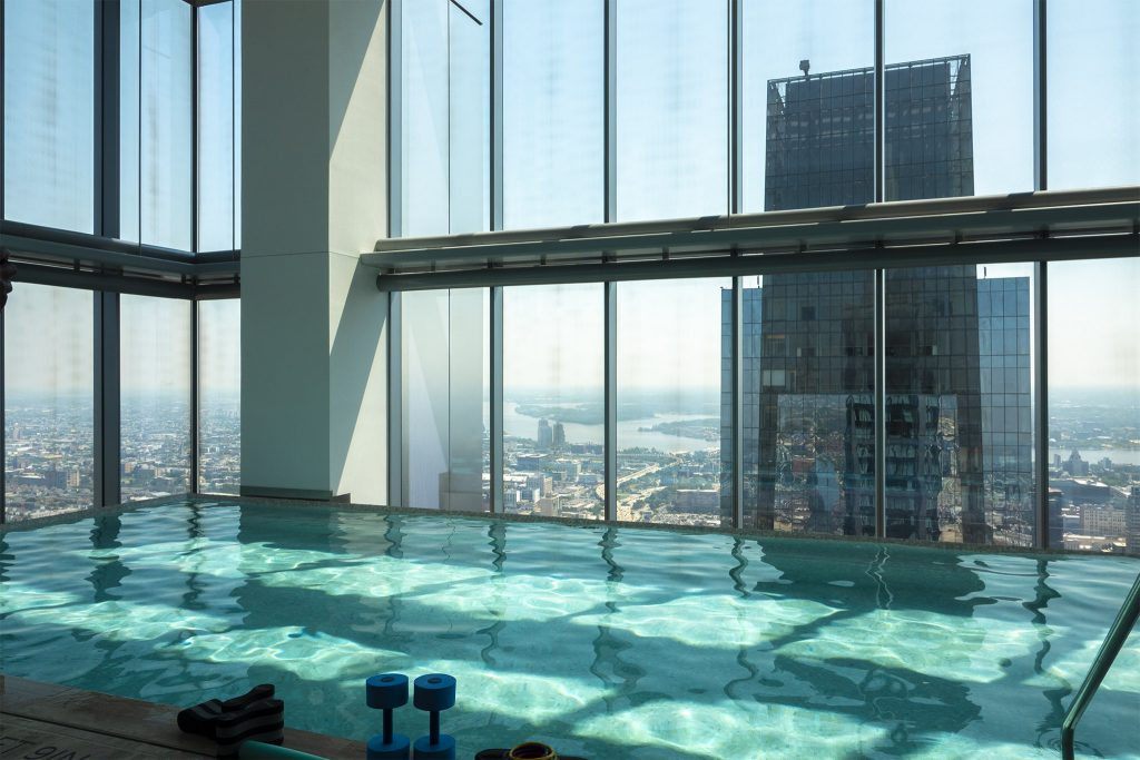 Infinity pool with view of the Comcast Center