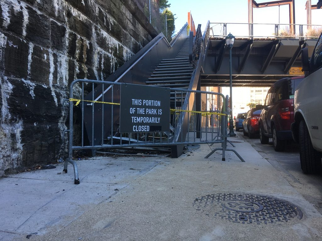 The steps at 11th and Callowhill are now unusable.