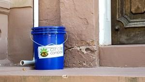 compost-bucket-1