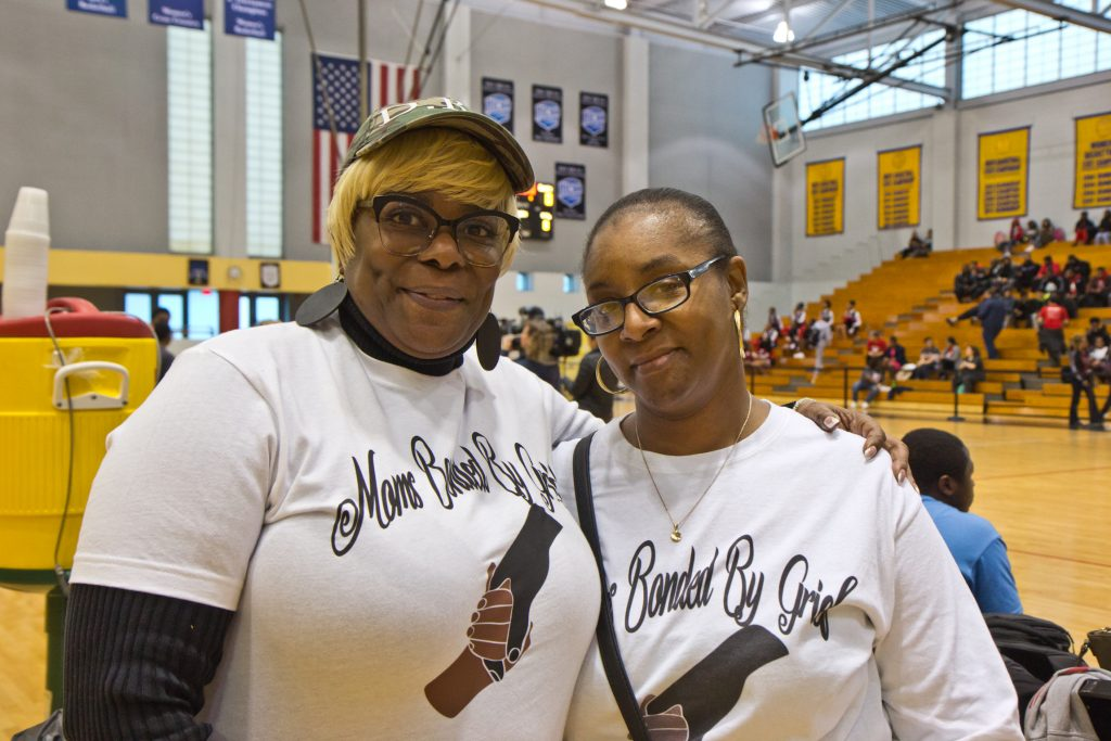 Lisa Harmon (left) and Shonda McClellan, members of Moms Bonded by Grief