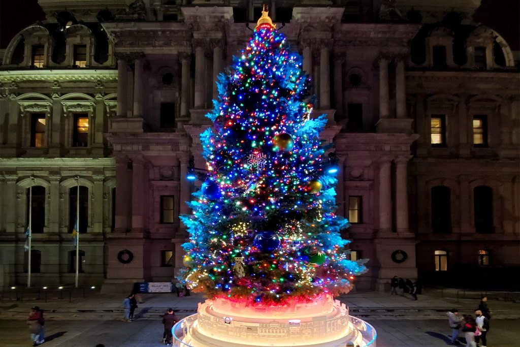 christmastree2019-cityhall