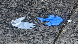 gloves-litter
