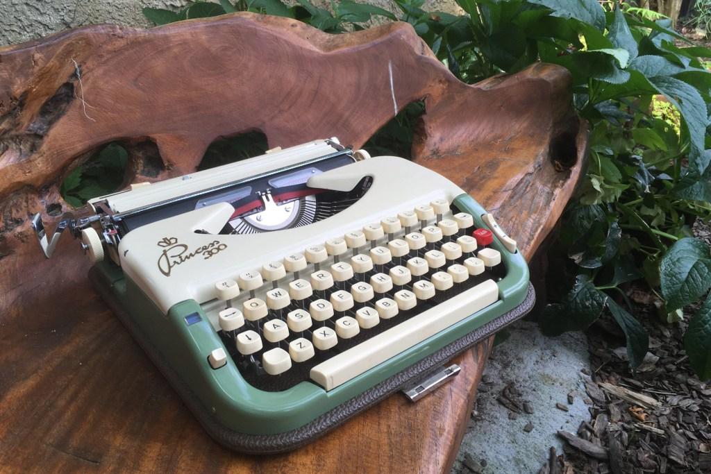typewritergarden-2