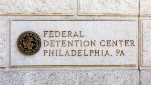 federaldetentioncenter-prison-sign-crop