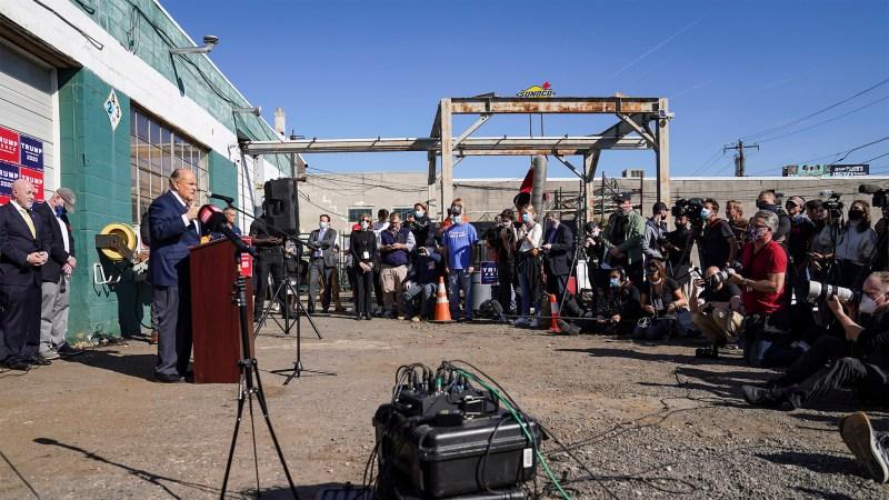 Фотография пресс-конференции