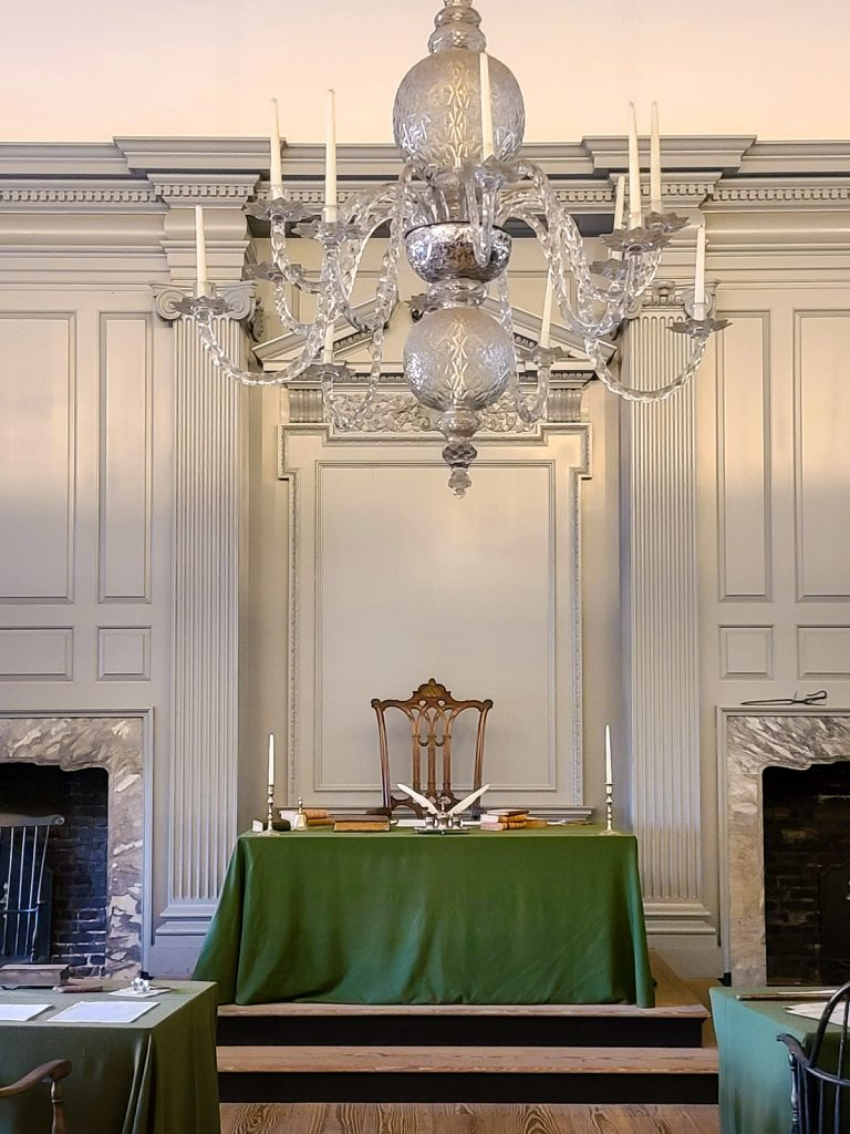 Chandelier and head table in the Assembly Room at Independence Hall