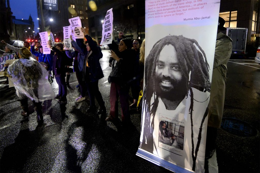 Philadelphians protests in support of allowing Mumia Abu-Jamal to appeal