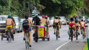 PNBR riders rolling down Kelly Drive on Saturday, Aug. 28